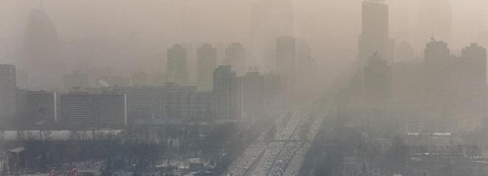 雾霾那么大,那么雾霾天开车该注意些什么呢?又有什么实用的小技巧呢?