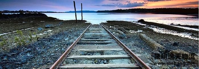 """中国铁路走向世界开启""""中国制造""""的新纪元"""