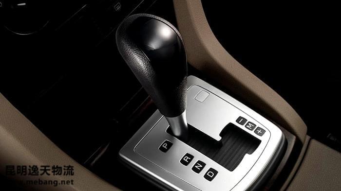 自动挡车也要靠油门来控制油耗!